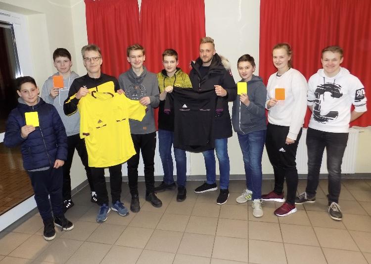Neue Schiedsrichter für den FC Kaunitz